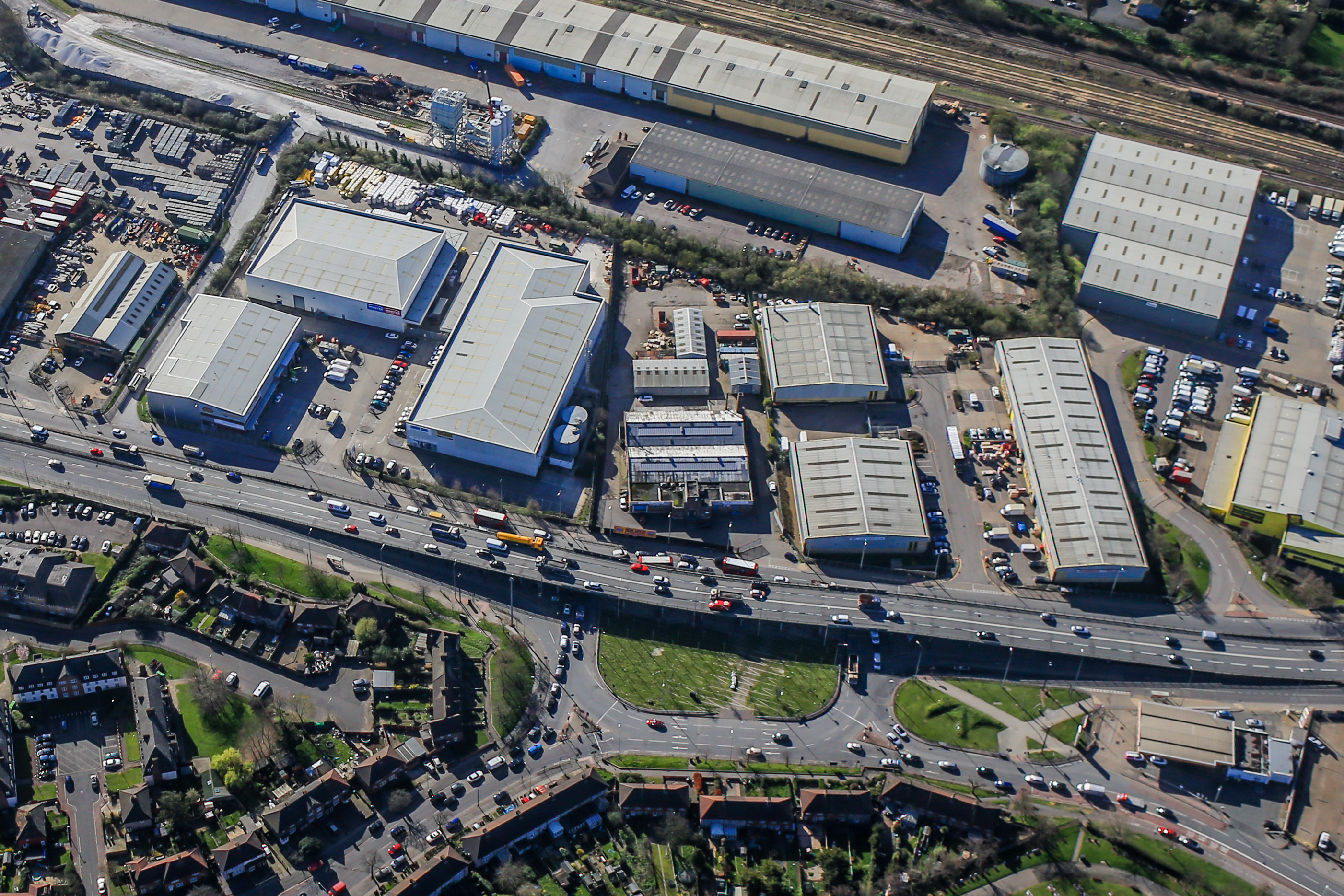 Glenny appointed on prime roadside warehouse development in Barking